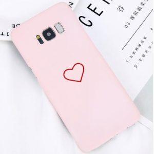 roze telefoonhoesje met hartje